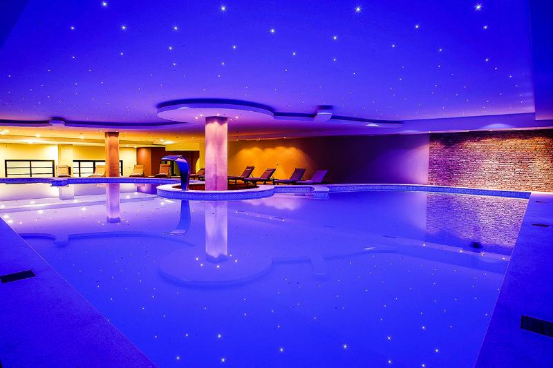 RADON PLAZA HOTEL, Sarajevo, Bosna i Hercegovina – 985 HRK – 2x noćenje za 2 osobe, 2x buffet doručak za 2 osobe