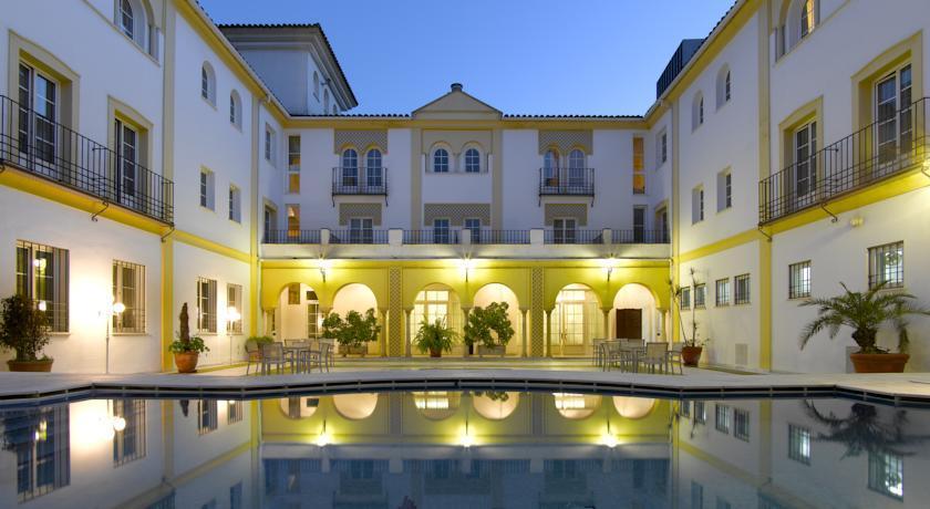 HOTEL MACIÀ ALFAROS, Cordoba, Španjolska – 1,415 HRK – 2x noćenje u dvokrevetnoj sobi za 2 osobe, 2x doručak za 2 osobe