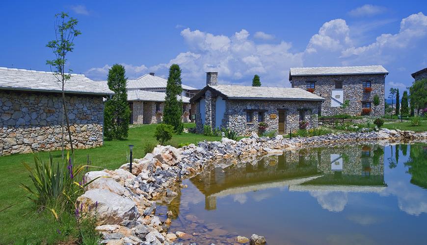 HERCEG ETNO SELO MEĐUGORJE, Međugorje, Bosna i Hercegovina – 1,122 HRK – 2x noćenje u Superior sobi u kamenoj kućici za 2 osobe, 2x doručak za 2 osobe