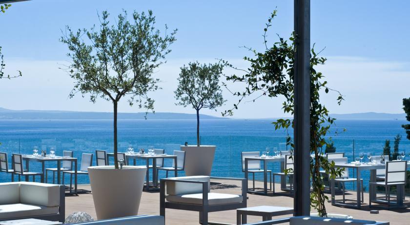 RADISSON BLU RESORT SPLIT, Split, Hrvatska – 1.478 HRK – 2x noćenje u Deluxe sobi za 2 osobe, 2x Super Buffet doručak za 2 osobe