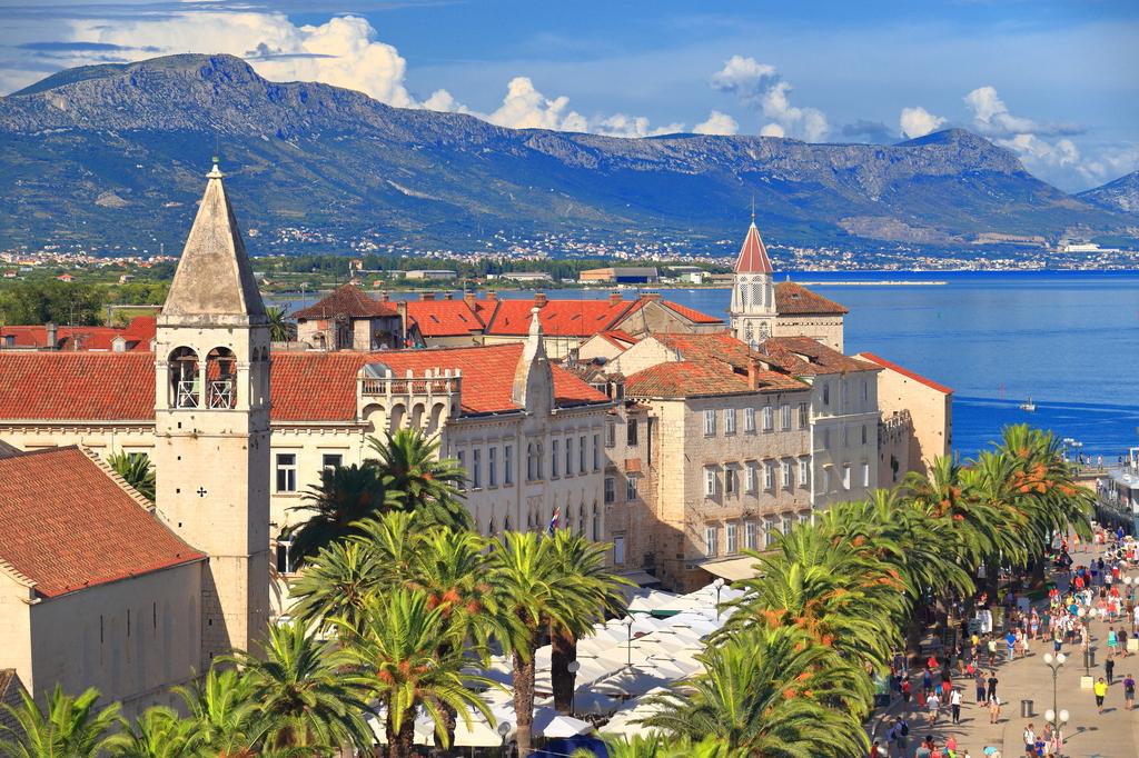 APARTHOTEL ASTORIA, Seget Vranjica, Trogir, Hrvatska – 2.758 HRK – 5x noćenje u sobi za 2 osobe, 5x doručak za 2 osobe
