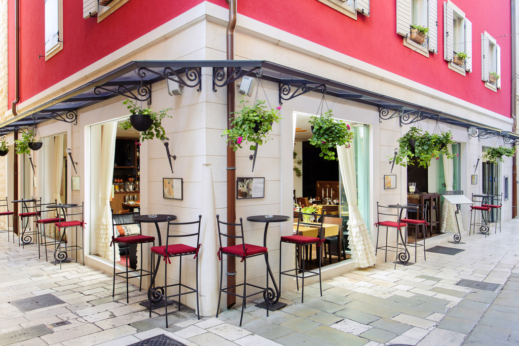 HOTEL MARMONT HERITAGE, Split, Hrvatska – 1.107 HRK – 2x noćenje u Deluxe sobi za 2 osobe, 2x doručak za 2 osobe