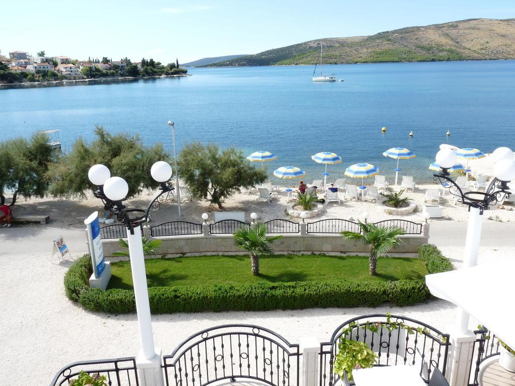 VILA MEDITERANA, Seget Vranjica, Trogir, Hrvatska – 949 HRK – 2x noćenje u Exclusive ili Classic sobi (ovisno o raspoloživosti) za 2 osobe, 2x doručak za 2 osobe