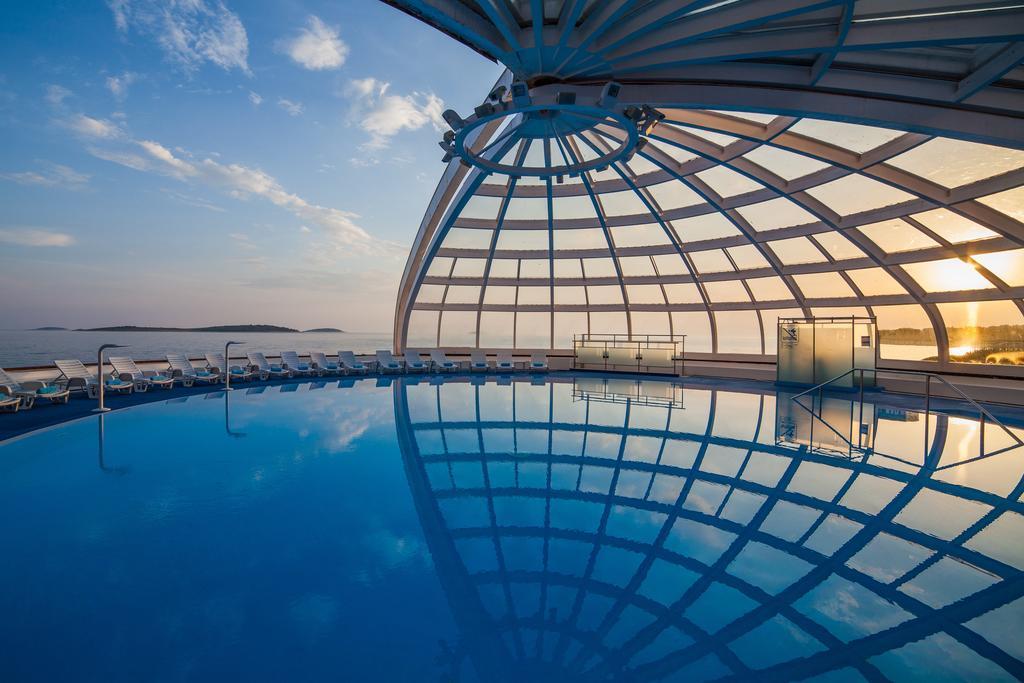 ADRIATIQ HOTEL ZORA, Primošten, Hrvatska – 929 HRK – 2x noćenje u dvokrevetnoj Comfort sobi za 2 osobe, 2x polupansion za 2 osobe