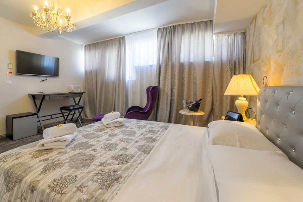 PRIMA LUCE LUXURY ROOMS, Split, Hrvatska – 825 HRK – 2x noćenje za 2 osobe, 2x doručak za 2 osobe