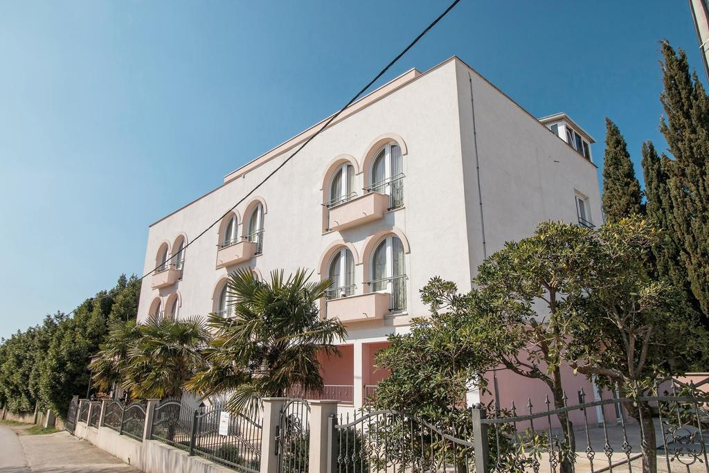 HOTEL HYGGE, Biograd na Moru, Dalmacija, Hrvatska – 736 HRK – 2x noćenje za 2 osobe, 2x polupansion za 2 osobe